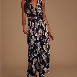 NWT Lulus floral dress